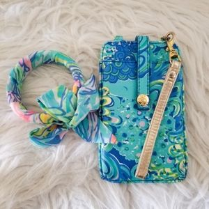 Lilly Pulitzer wristlet wallet with bracelet